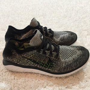 Nike Shoes - Nike RN Flyknit